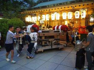 露天神社(お初天神)夏祭り-地車旋回