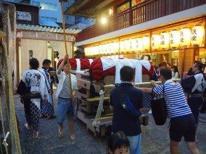 露天神社(お初天神)夏祭り-ポジションセット