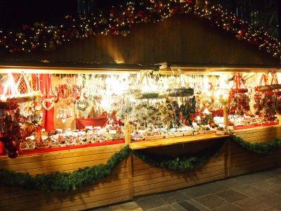 クリスマスオーナメントがきれいですね
