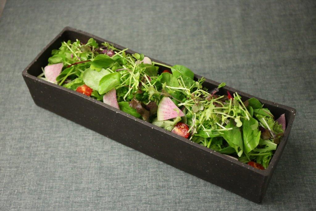 食べ放題のサラダ